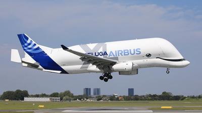 A picture of FWBXL - Airbus A330700 - Airbus - © Per Dan