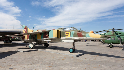 51 - Mikoyan-Gurevich MiG-27 Flogger - Russia - Air Force