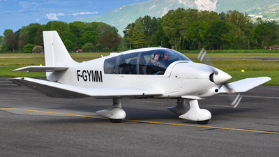 F-GYMM - Robin DR400/140B Major - Private
