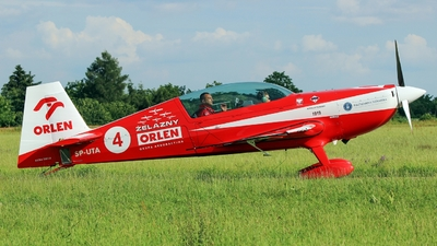 SP-UTA - Extra 330LX - Zelazny Aerobatic Team