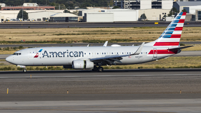 A picture of N354PT - Boeing 737823 - American Airlines - © David Lee