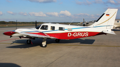 D-GRUS - Piper PA-34-220T Seneca V - Private