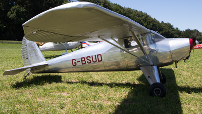 G-BSUD - Luscombe 8A - Private