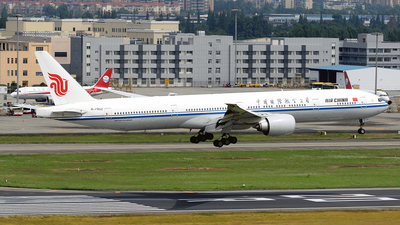 A picture of B7952 - Boeing 77739L(ER) - Air China - © BCG554