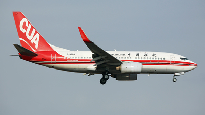B-5209 - Boeing 737-79P - China United Airlines