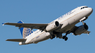 N818UA - Airbus A319-131 - United Airlines