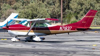A picture of N71637 - Cessna 182M Skylane - [18259698] - © Alex Crail