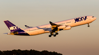 F-GLZN - Airbus A340-313X - Joon