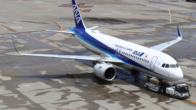 A picture of JA211A - Airbus A320271N - All Nippon Airways - © Star.M