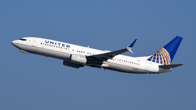 A picture of N14240 - Boeing 737824 - United Airlines - © Rocky Wang