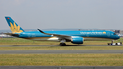 VN-A895 - Airbus A350-941 - Vietnam Airlines