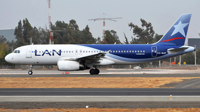 CC-BAF - Airbus A320-233 - LAN Airlines