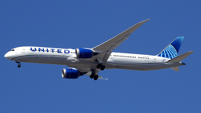 A picture of N14011 - Boeing 78710 Dreamliner - United Airlines - © Rami Mizrahi