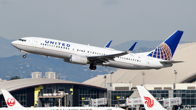 N78285 - Boeing 737-824 - United Airlines