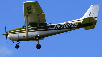 N70228 - Cessna 172M Skyhawk II - Private