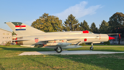 102 - Mikoyan-Gurevich MiG-21bis Fishbed L - Croatia - Air Force