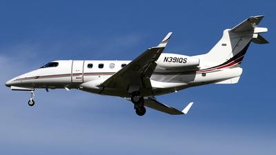 A picture of N391QS - Embraer Phenom 300 - NetJets - © Daniel Schwinn