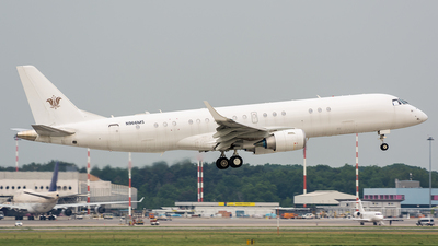 N966MS - Embraer 190 Lineage 1000 - Private