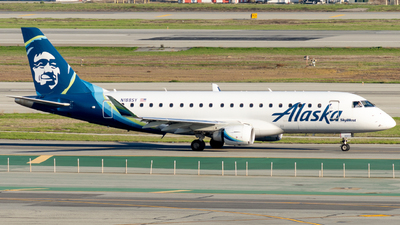 A picture of N188SY - Embraer E175LR - Alaska Airlines - © global_flyer1