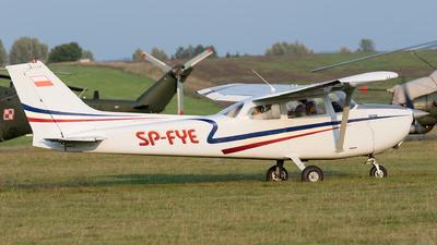 SP-FYE - Reims-Cessna F172M Skyhawk - Private