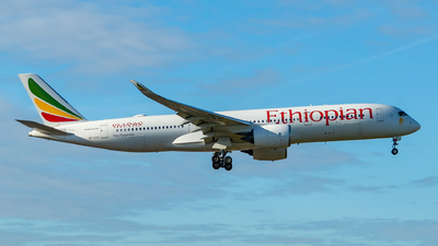 A picture of ETAVC - Airbus A350941 - Ethiopian Airlines - © Steve Hirst-GlideslopeAviation