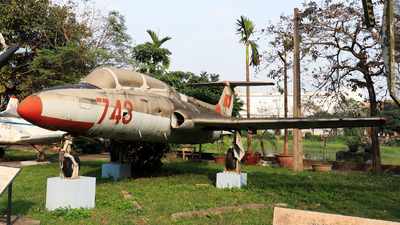 743 - Aero L-29 Delfin - Vietnam - Air Force