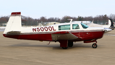 N5000L - Mooney M20F - Private
