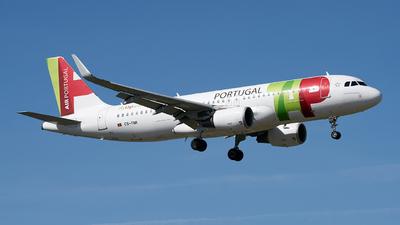 A picture of CSTNR - Airbus A320214 - TAP Air Portugal - © Fernando Roca