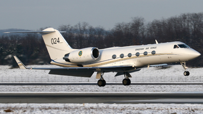 102004 - Gulfstream Tp102D - Sweden - Air Force