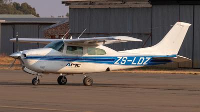 ZS-LDZ - Cessna 210N Centurion II - Private