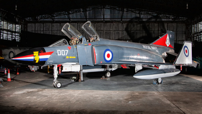 XT864 - McDonnell Douglas Phantom FG.1 - United Kingdom - Royal Air Force (RAF)