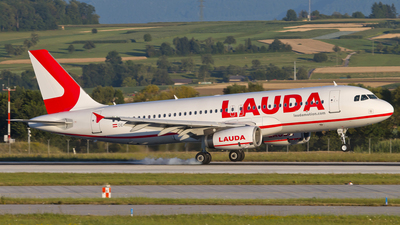 A picture of OELMG - Airbus A320232 - Laudamotion - © Patrick Weis