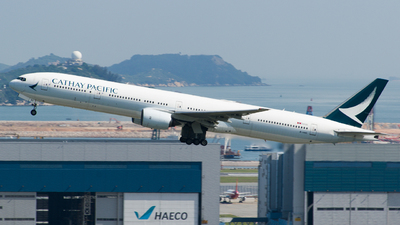 A picture of BHNQ - Boeing 777367 - Cathay Pacific - © YHLeung