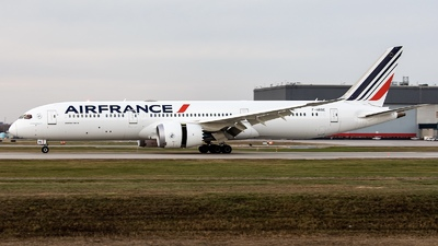 A picture of FHRBE - Boeing 7879 Dreamliner - Air France - © Hongyu Wang