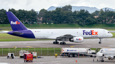 A picture of N933FD - Boeing 75721B(SF) - FedEx - © Jhon Lopez