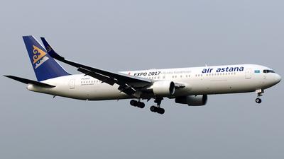 P4-KEC - Boeing 767-3KY(ER) - Air Astana