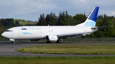 A picture of OEIAJ - Boeing 737476(SF) - ASL Airlines Belgium - © Ian McGregor