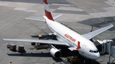 OE-LAB - Airbus A310-324 - Austrian Airlines