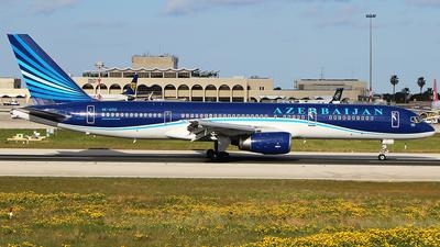 A picture of 4KAZ12 - Boeing 75722L - Azerbaijan Airlines - © Matthew.S