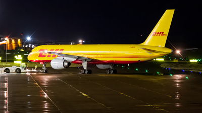 A picture of GBMRB - Boeing 757236(SF) - DHL - © Ethan Hew - p_nilly
