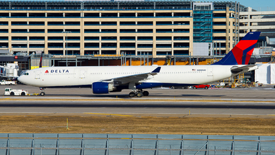 N808NW - Airbus A330-323 - Delta Air Lines