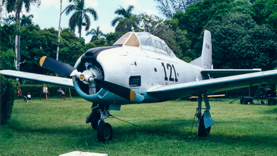 121 - North American T-28A Trojan - Cuba - Air Force