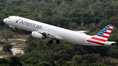 A picture of N926UW - Airbus A321231 - American Airlines - © La Roche Spotters