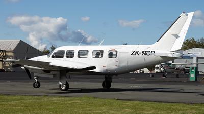 ZK-NSP - Piper PA-31-350 Navajo Chieftain - Private