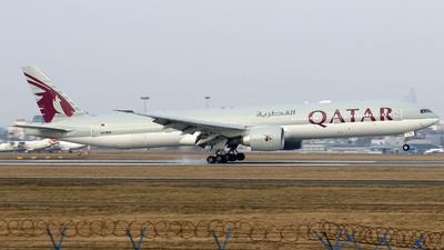 A picture of A7BEN - Boeing 7773DZ(ER) - Qatar Airways - © Pawel Cieplak