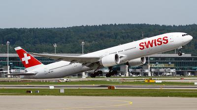 A picture of HBJNC - Boeing 7773DE(ER) - Swiss - © Cesar Prieto