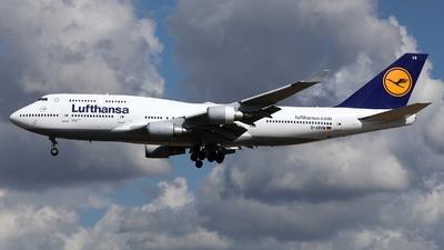 D-ABVW - Boeing 747-430 - Lufthansa