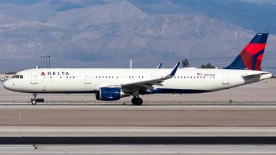 N358DN - Airbus A321-211 - Delta Air Lines