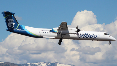 A picture of N445QX - De Havilland Canada Dash 8400 - Alaska Airlines - © Nate Morin