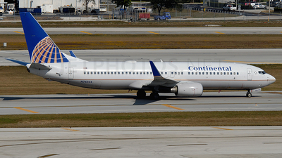 N76504 - Boeing 737-824 - Continental Airlines